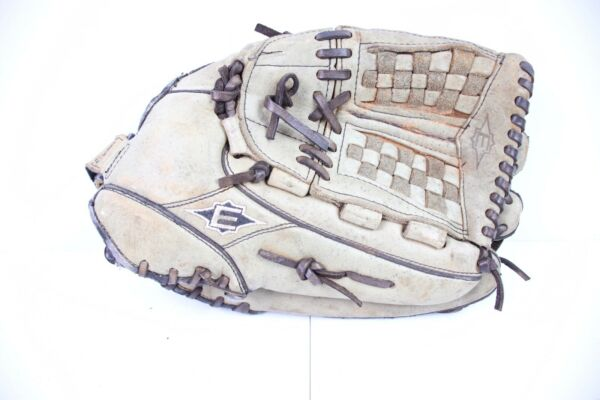 EASTON NE 14 FIELDERS GLOVE RIGHT HAND THROWER RHT BASEBALL SOFTBALL
