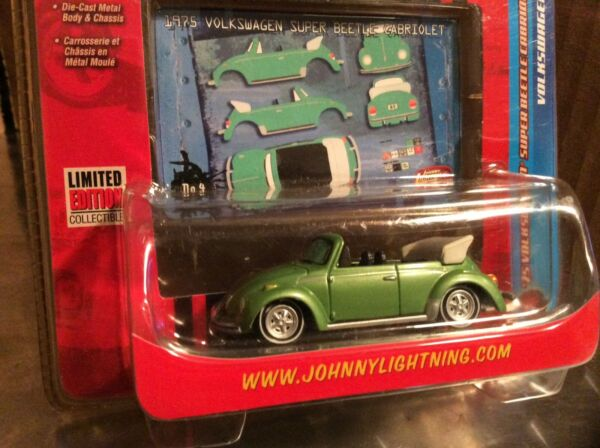 75 VW super beetle cabriolet green bug 1975 Johnny lightning 164 Volkswagen