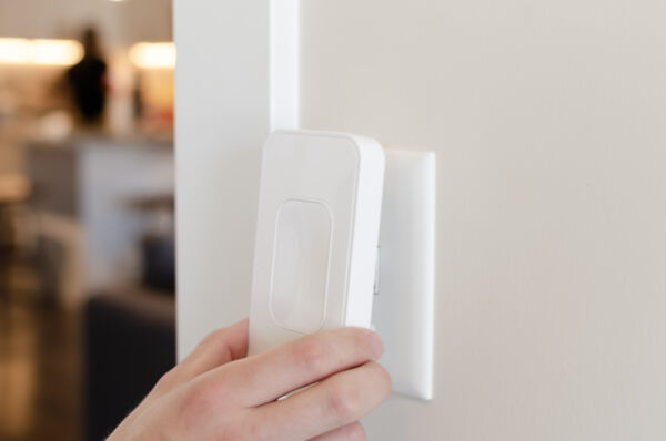 Switchmate Snap On Smart Light Switch - Toggle Style