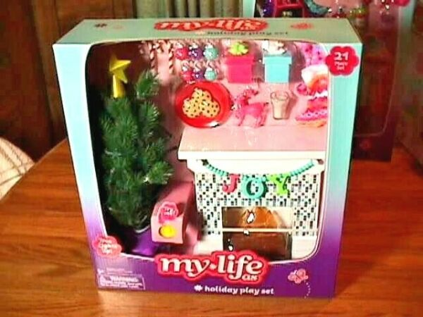 NEW MY LIFE DOLL HOLIDAY PLAY SET CHRISTMAS TREE LIGHTS FIREPLACE STOCKINGS