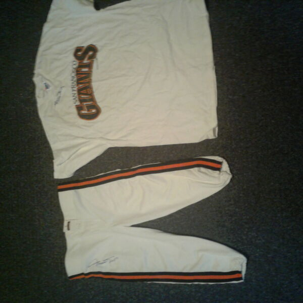 Willie Mays Signed San Francisco Giants Sports Legend Baseball Great Jersey Set