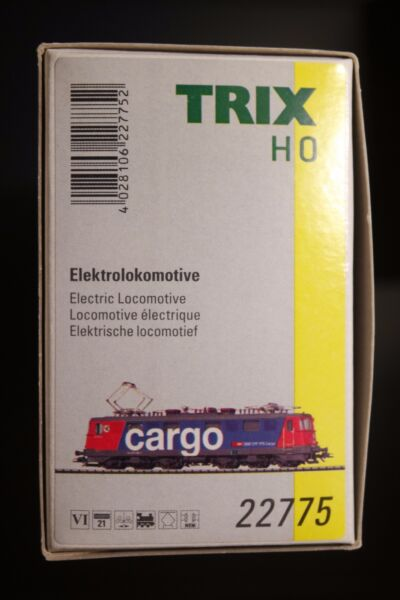 TRIX HO TRAIN 22775 SWISS RE 610 EPOCHE VI SBB CARGO