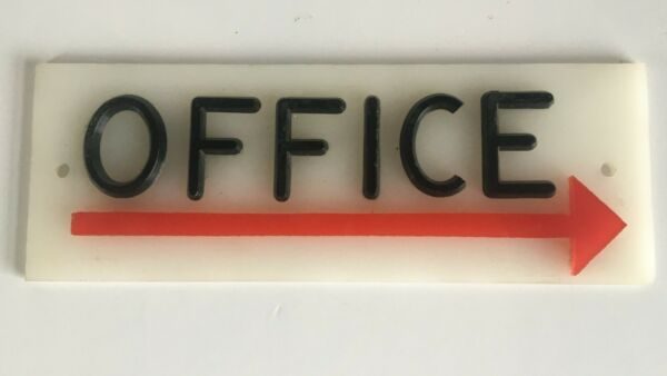Office Directional Sign-Right Pointing Arrow 8 12