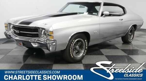 1971 Chevrolet Chevelle SS LS3 classic vintage chrome big block silver black vinyl interior muscle Super Sport
