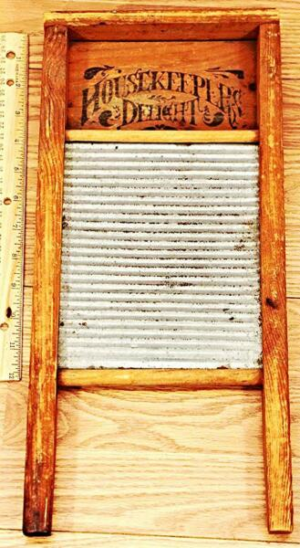 Housekeepers Delight Small Antique Washboard 17x8x1.25