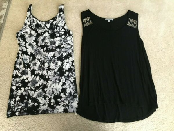 2 ladies womens Small Tank Tops Rock amp; Republic black amp; white Charlotte Russe $7.49