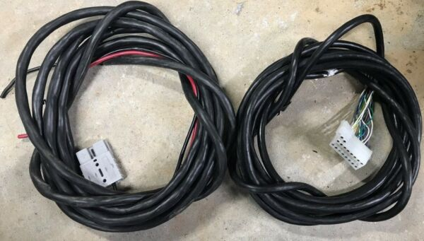 Whelen LED Liberty Light Bar Cable Set