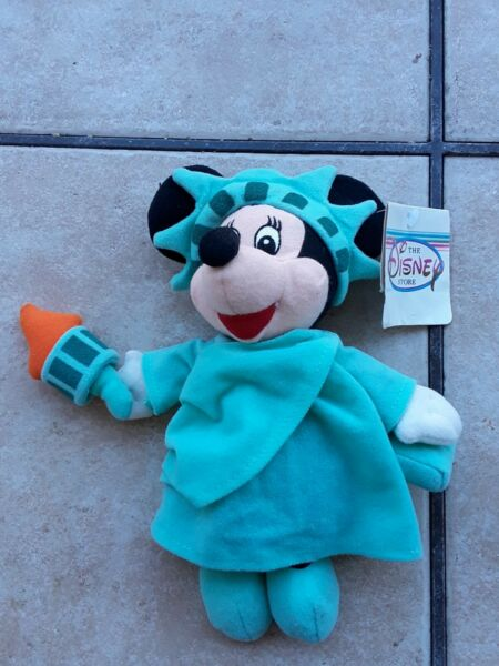 Disney Store Exclusive Minnie Mouse Statue of Liberty Mickey Plush Doll