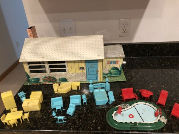 1950s Metal One-Story Doll House by T. Conn Inc. wFurniture Pool