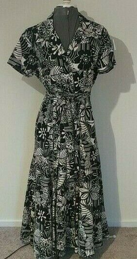 TALBOTS Black White Floral Linen Fit amp; Flare Button Up Linen Belted Dress Siz 14 $30.00