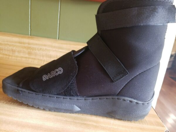 DARCO SLIMLINE CAST BOOT Shoe Black Square Toe Medium