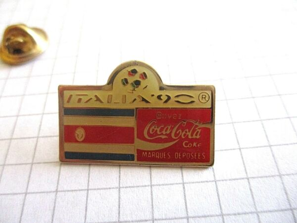 COSTA RICA FLAG WORLD CUP FOOTBALL COCA VINTAGE PIN PRIVATE COLLECTION us3