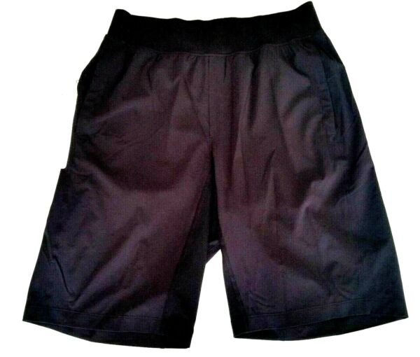 Lululemon Mens THE Short Linerless 11quot; Size Small Black Train NWT