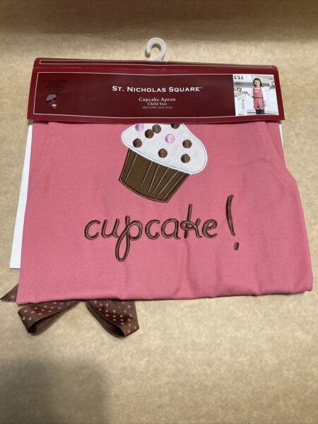 St Nicholas Square Child Cupcake Baking Apron Child Size Adjustable Neck Strap