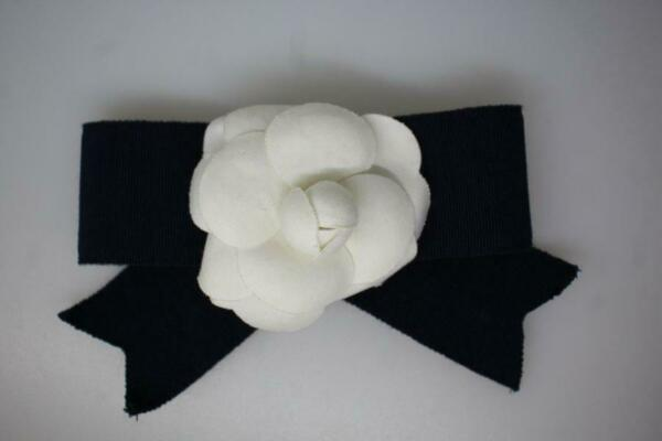 ST JOHN Vintage White Camelia Flower Grosgrain Navy Bow SJ fastener on back