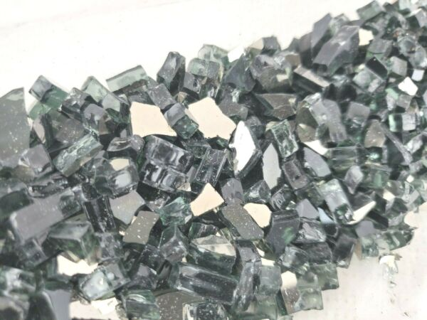 FPI 946 675 Gas Fireplace Glass Media Kit Fire Glass Reflective Crushed 1LBS
