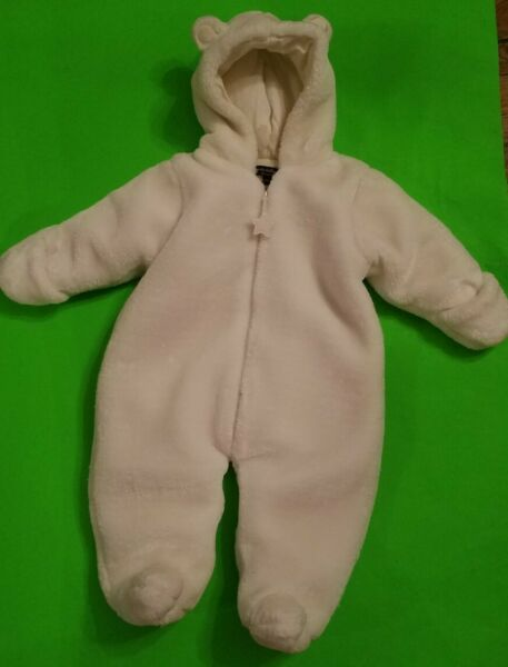 Wendy Bellissimo Infant Size 9 Months Thick White Bunting One Piece Snowsuit