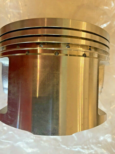 1983 85 XL600R STD PISTON ONLY13101 MG2 790RP138 T1CPGenuine Honda Parts NOS