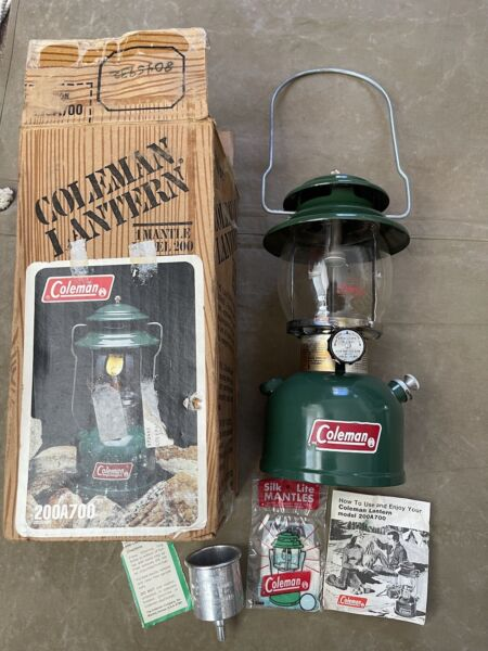 Vintage 12 81 Coleman Single Lantern 200A700 Model 200 Box Instructions