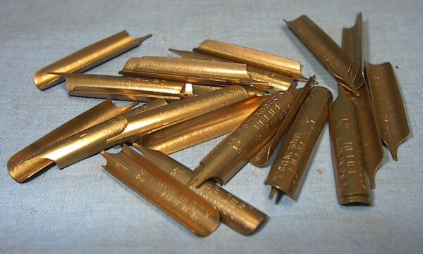VINTAGE ESTERBROOK RELIEF FOUNTAIN PEN PARTS LOT of 30 NIBS NEW OLD STOCK