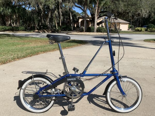 VINTAGE 1989 DAHON Classic lll FOLDING BIKE 3 SPEEDGreat bike for a BOAT or RV $249.00