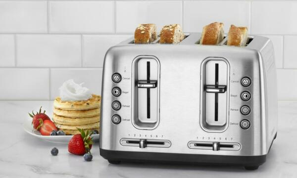 Cuisinart Stainless Steel 4 Slice Toaster with Shade Control Manufacturer Refurb