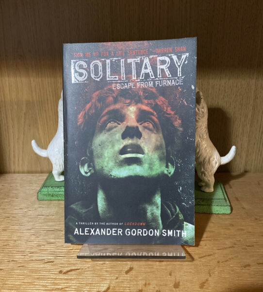 Solitary Escape from Furnace by Alexander Gordon Smith BRAND NEW $2.00