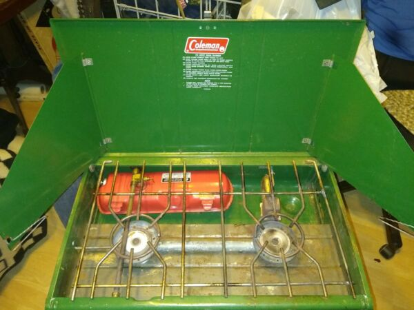 local pick up only vintage coleman stove 413g very nice condition local pickup