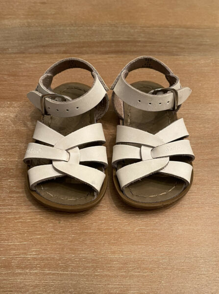 Sun San Salt Water Sandals White Leather Upper Toddler Size 4 $14.99