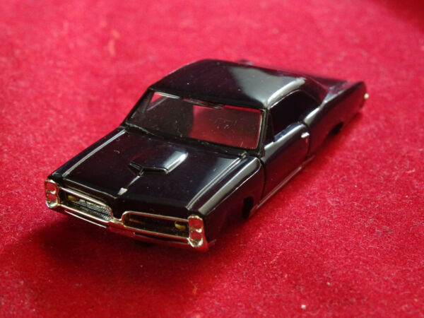 MoDEL MoToRING 67 Black Pontiac GTO T jet HO Scale Slot Car Body Aurora RRR
