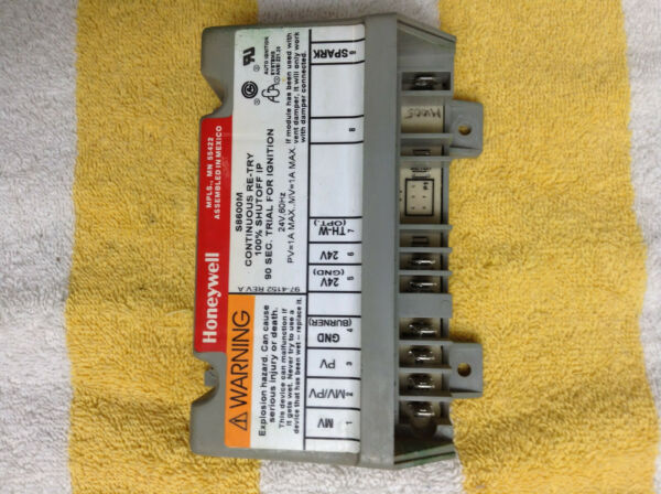 Honeywell S8600M1005 Furnace Ignition Control Module S8600M free shipping $31.99