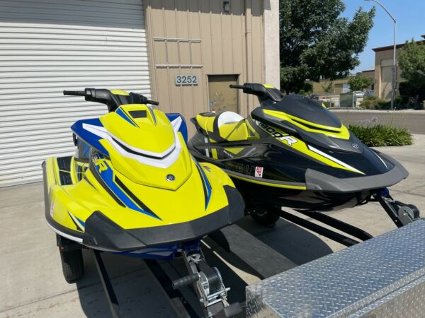 two 2020 yamaha waverunner jet skis 10hours each with trailer $37000.00