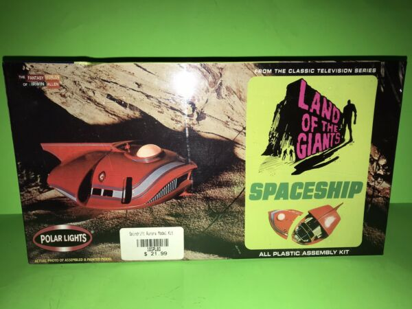 Polar Lights Scale Spaceship Land of the Giants Factory Sealed Spindrift Aurora