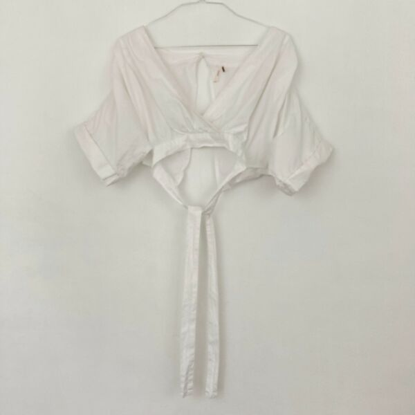 Free People Puff Sleeve Open Back Crop Blouse Women's Size Large White Wrap Tie $22.50