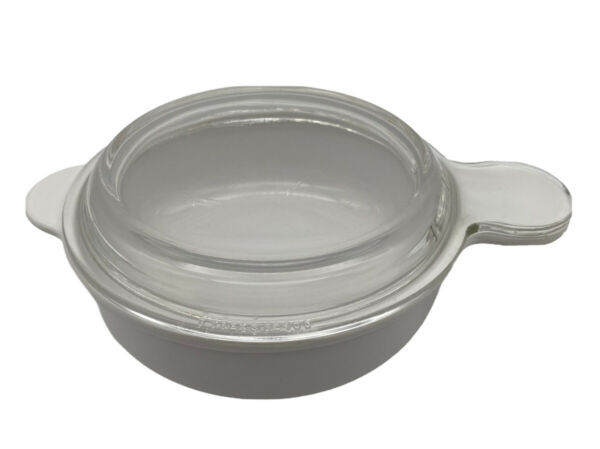 Corning Ware P 240 B 24 oz Handled Bowl with Clear Pyrex Glass Lid Grab It