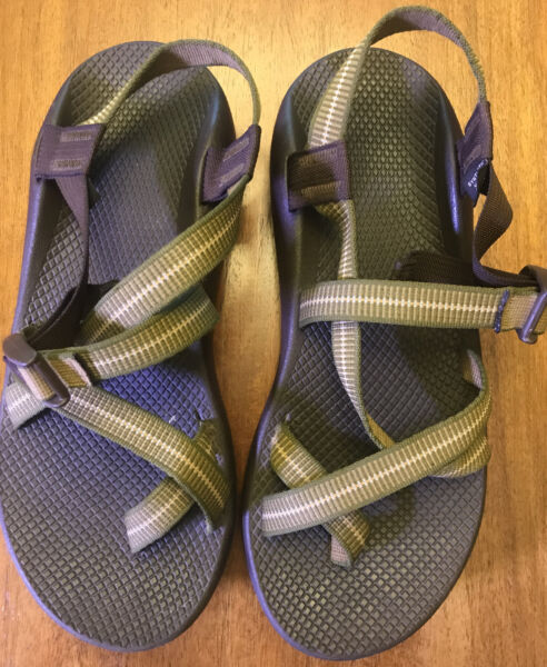 Chaco Mens size 11M Sandals Classic Outdoor Sport Trail Hiking Vibram Sole Green $59.95