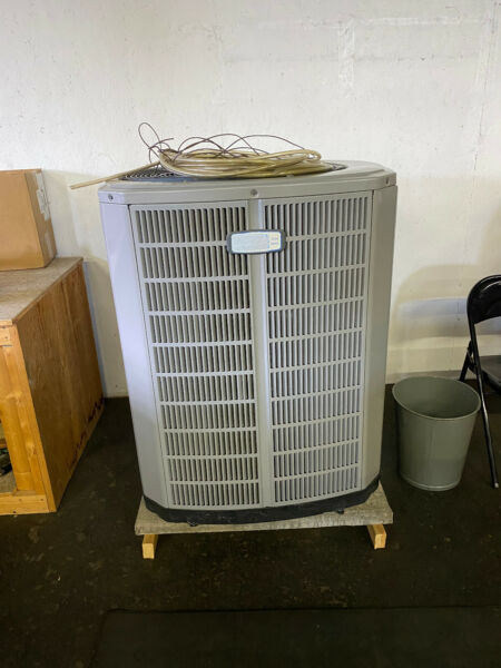 AMERICAN STANDARD A C Furnace System Complete with Ductwork Etc. $5999.99