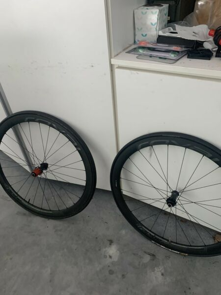 Specialized Roval Rapide CLX 40 11 speed carbon Disc Brake wheelset with tires $1200.00