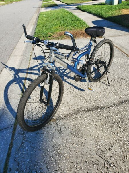 26quot; MONGOOSE MOUNTAIN BIKE SUSPENSION Aluminum Frame Bicycle Great Condition 👍 $150.00