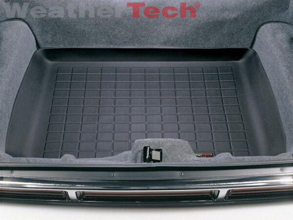 WeatherTech Cargo Liner Trunk Mat for Lincoln Town Car/Ford Crown Victoria-Black
