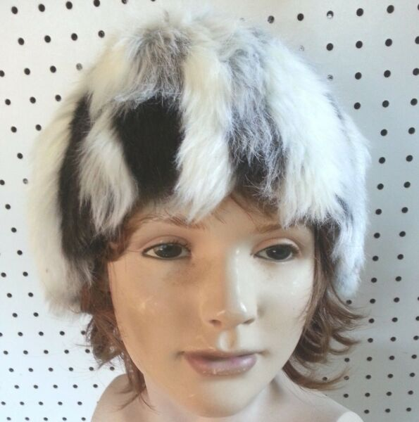 HATEAR WARMER BLACK AND WHITE HANDMADE FAUX FUR BUCKET TYPE 29 12