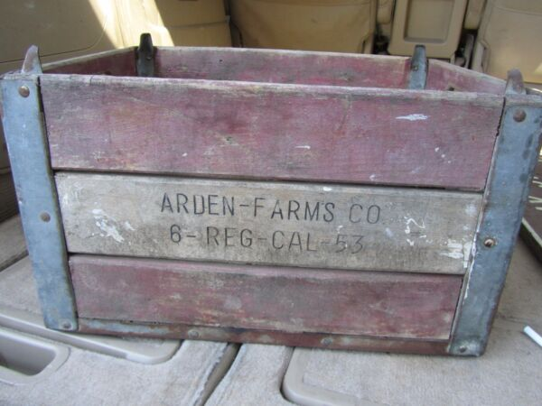 VINTAGE 1953 Arden Farms Co DAIRY WOOD & METAL MILK CRATE Original Solid Old