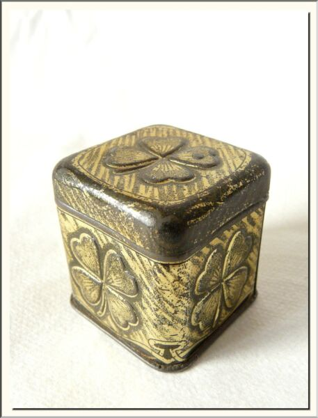 VERY ANTIQUE 1930's CLOVER FOUR LEAVES FRENCH BRASS CASE BOX ! VISIT MY STORE !