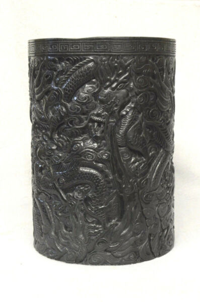 Large  Well  Carved  Spinach  Jade  Brush  Holder