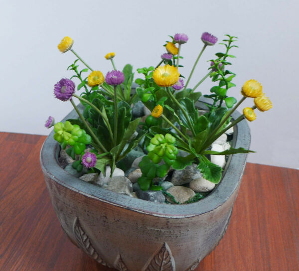 11 Pieces Artificial Small Flowers Grasses Succulents