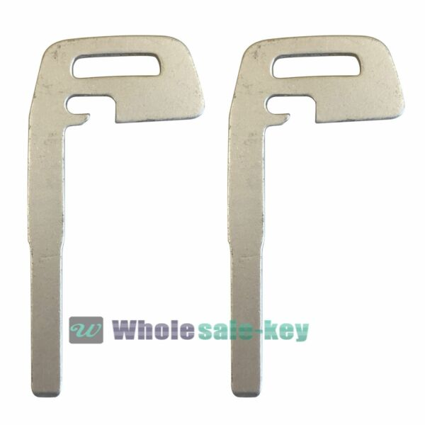 2 Replacement Uncut Remote Entry Key Case Blade Blank For VOLVO C30 C70 S40 V50