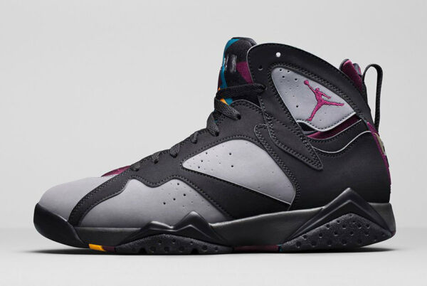 2015 Nike Air Jordan 7 VII Retro Bordeaux Size 11. 304775-034. 1 2 3 4 5