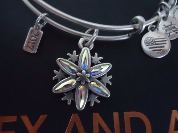 Alex and Ani BLACK FRIDAY SNOWFLAKE 2017 Silver Bangle New WTag Card