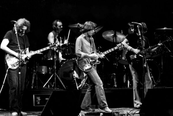 Grateful Dead Poster 24x36 inch rolled wall poster