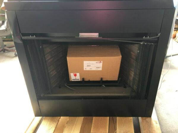 Majestic Reveal B-Vent Gas Fireplace 36